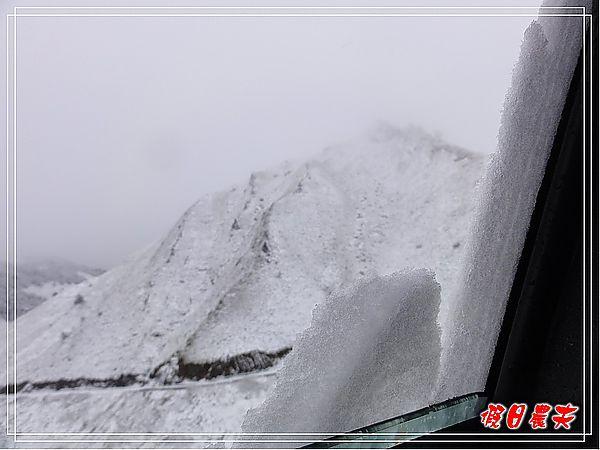 合歡山下雪了DSC09154